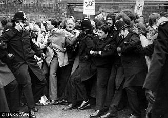 protest 1977.jpg
